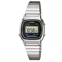 Orologio da polso digitale con cinturino in acciaio Casio LA670WEA-1EF