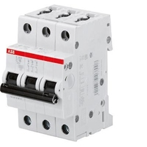 Interruttore Automatico 10A 4,5kA 3 Poli ABB S598552