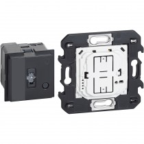 Gateway per il controllo di luci , prese e tapparelle Bticino Living Now K4500C
