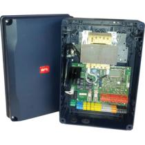 Centrale BFT THALIA per uno o due operatori a 24V per cancelli a battente con Display