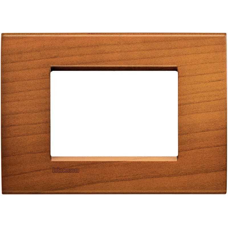 Placca 3 posti quadra ciliegio americano LivingLight Bticino LNA4803LCA