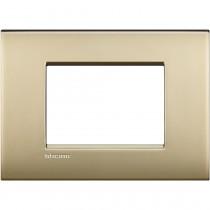 Placca 3 posti oro satinato LivingLight Air Bticino LNC4803OF