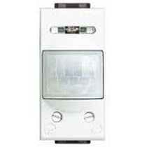 Interruttore Infrarossi Passivi 200W 1 Posto Serie Civili Bticino LivingLight N4431