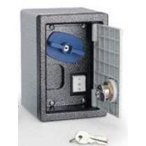 Contenitore esterno o incasso con Pulsante Saliscendi Came 001H3001
