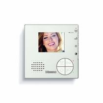 Videocitofono 2 FILI vivavoce a colori per installazione da parete Bticino 344502